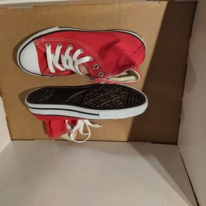 Kids size 2 youth Red Converse new